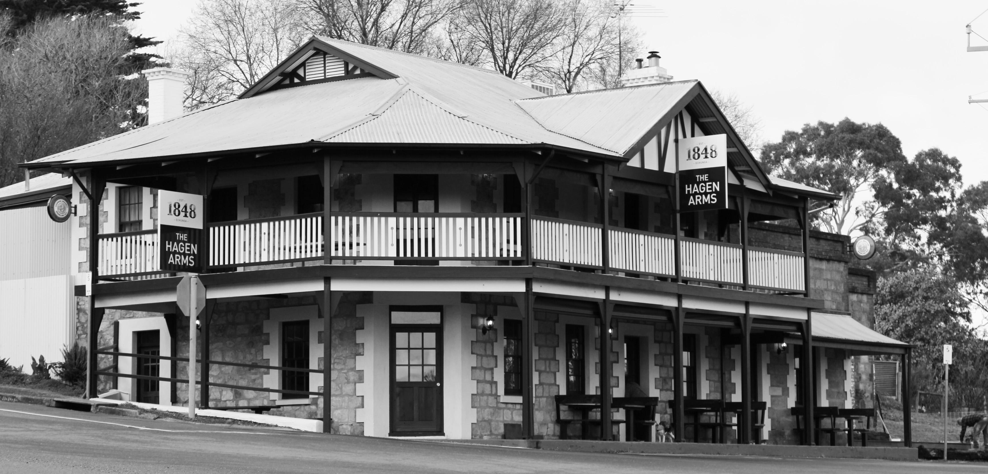 Home – Pub External